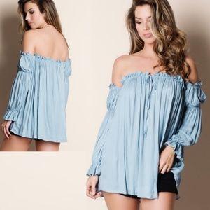 Tops - Off the shoulder peasant top NEW boutique shirt